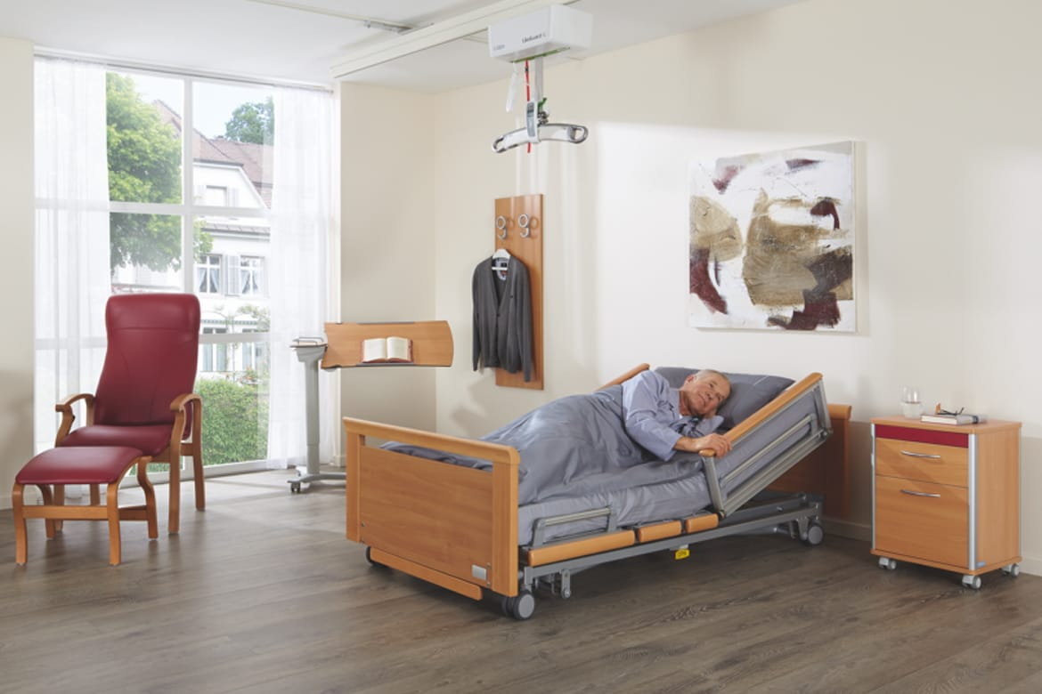 Volker 5384 Kepler Low Bed - Room Set